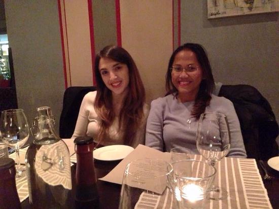 Restaurang Hemma: Il ristorante è molto bello e accogliente.I menù che abbiamo ordinato buonissimo e sono belli an