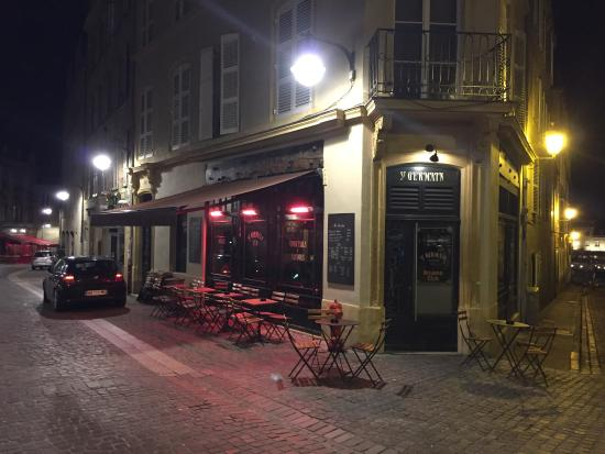 la facade du bar picture of pub saint germain metz tripadvisor. Black Bedroom Furniture Sets. Home Design Ideas