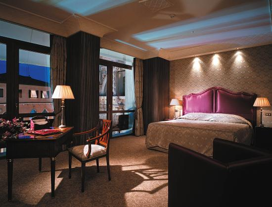 Bauer Hotel: Deluxe Room with view