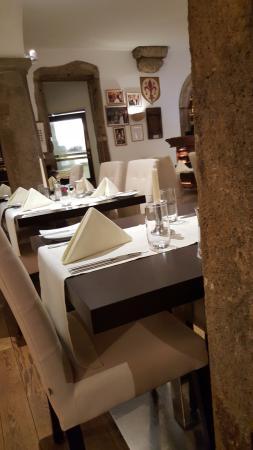 Foto de Ristorante Firenze Enoteca, Viena: colonne di pietra...ma ...
