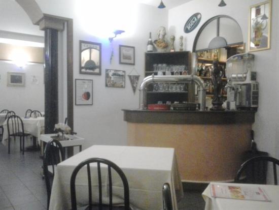 Pizzeria Stoa' Reale: Dettaglio del locale