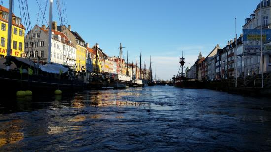 Bronshoej, เดนมาร์ก: I didn't take pictures with our Meet the Danes hosts, but here is Nyhavn.