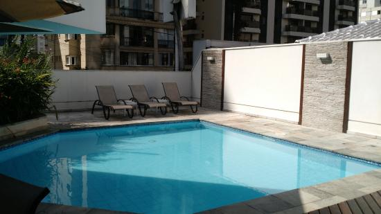 Fortune Residence & Executive Service: piscina