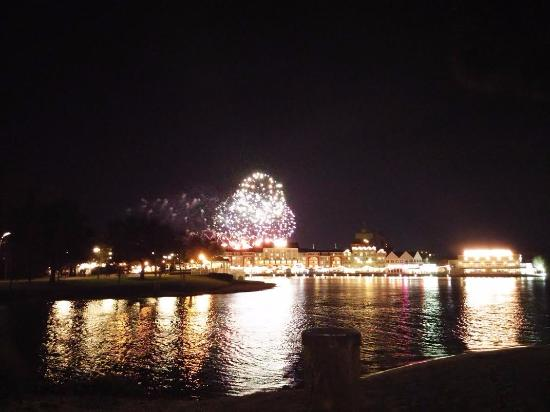 hollywood studio fireworks from beach on lake in front of our room rh tripadvisor ca
