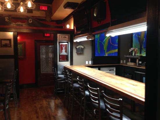 Harwinton, CT: our bar