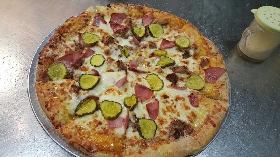 cottage inn pizza picture of cottage inn pizza detroit tripadvisor rh tripadvisor com