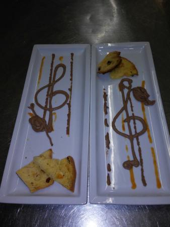 """Villa Alle Grazie : Sulle """"note d'amore """"dei paté di fegatini. .prosegue la sinfonia di cappesante grigliate  ..cont"""