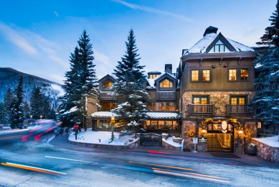 Vail Mountain Lodge: Front Entrance of VML