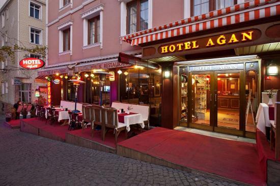 Hotel Agan: Building