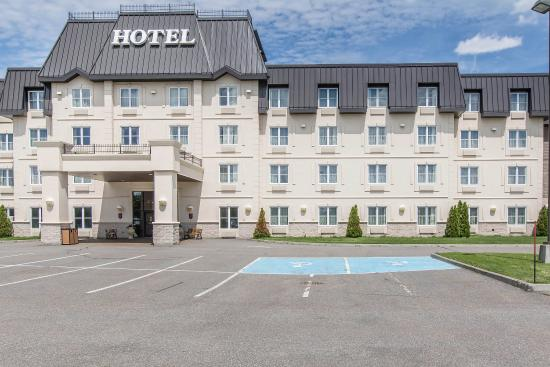 Photo of Comfort Inn & Suites Saint-Nicolas Levis
