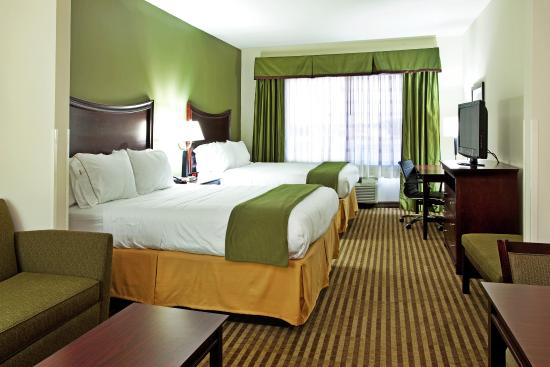 Holiday Inn Express Hotel & Suites Biloxi- Ocean Springs: Holiday Inn Express & Suites Ocean Springs/Biloxi Suite