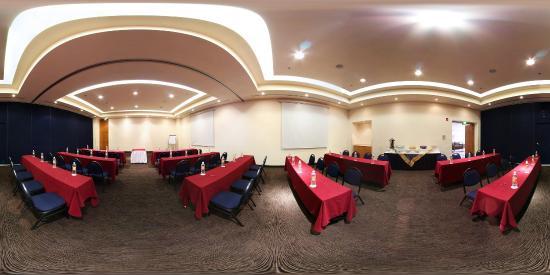 庫埃納瓦卡嘉年華飯店照片