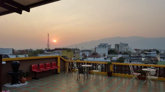 De Nawarat Chiangmai