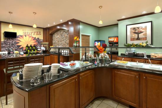 Staybridge Suites Tucson Airport: Start your morning with a visit to our Breakfast Bar