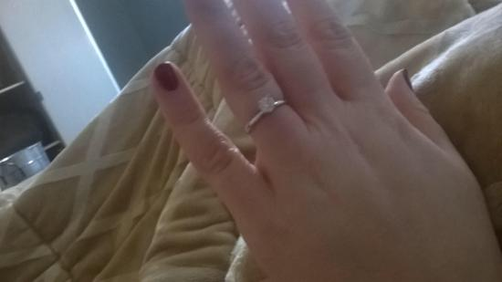 Nestle Inn Bed and Breakfast: We got engaged!!!! Thank you for making it perfect!