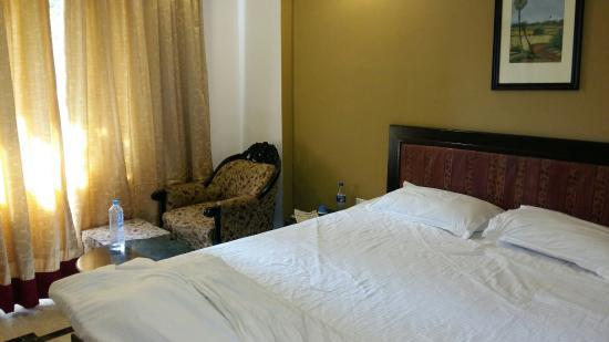 Camellia Hotel & Resort : 20160218_112627_large.jpg
