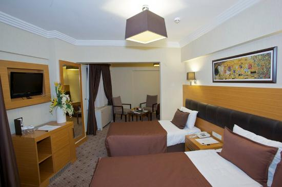 Mirilayon Hotel: Standard Twin Room
