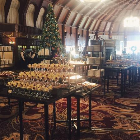 Crown Room Brunch At Hotel Del Coronado The