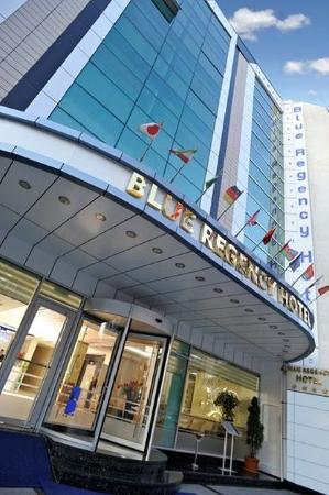 Blue Regency Hotel: Building