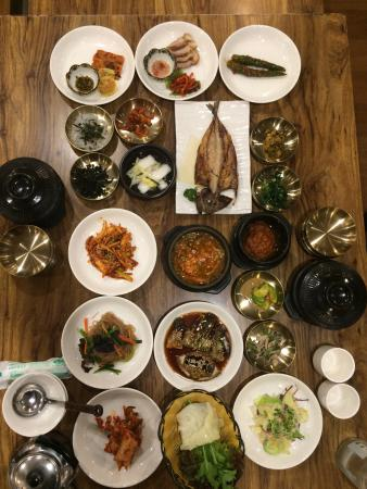 Chaeum KoreanTable D'Hote