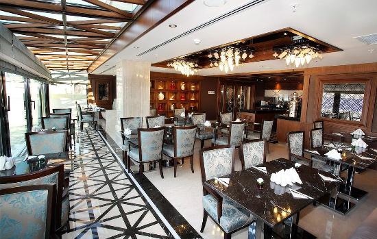 Grand Durmaz Hotel: Restaurant