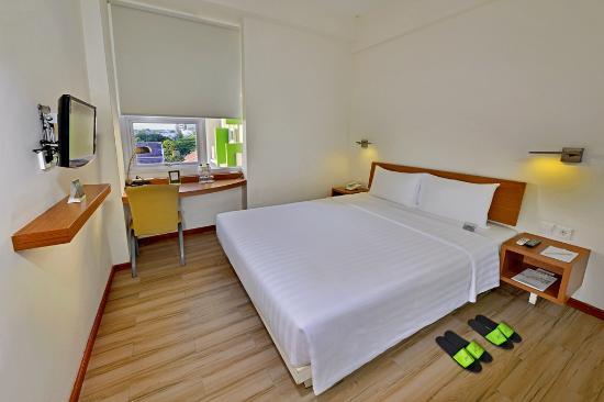 whiz hotel malioboro 19 2 5 prices reviews yogyakarta rh tripadvisor com