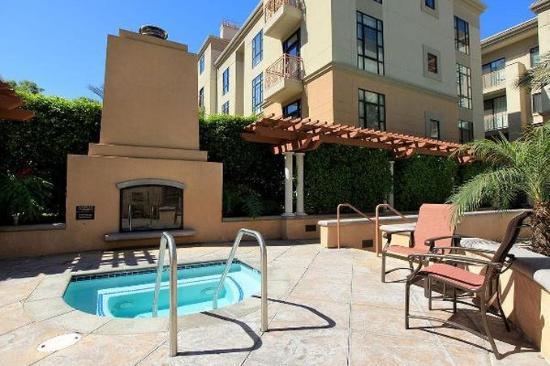 Gateway Villas: Hot Tub