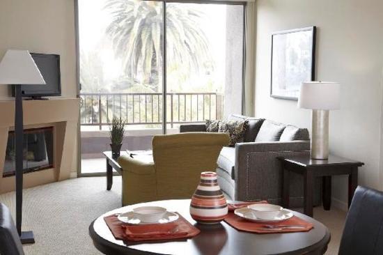 Gateway Villas: Sample Living Room