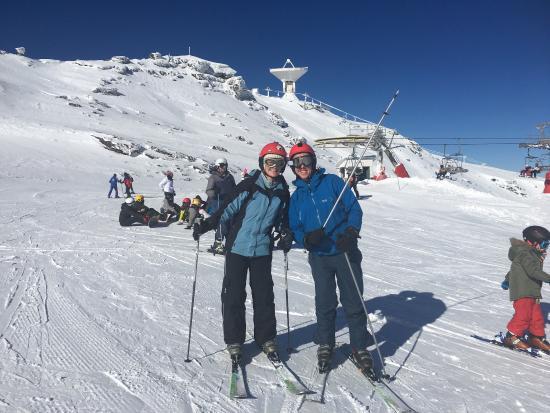 Cenes de La Vega, Spagna: Baraka Ski & Snowboard
