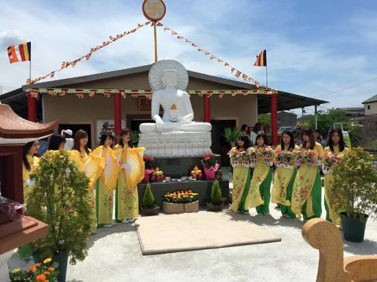 Waraku-ji Temple (Chua Hoa Lac)