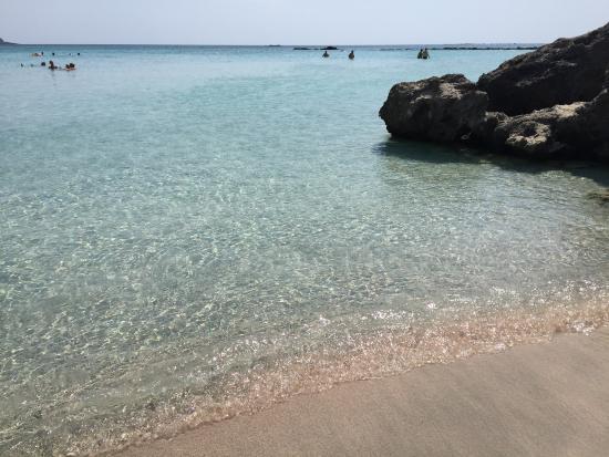 ELAFONISSI BEACH corner