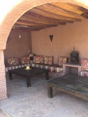 رياض نابيلا: terrasse