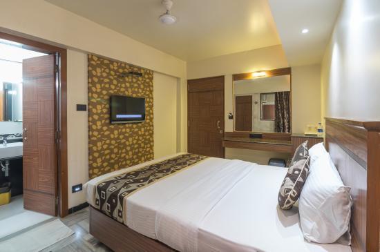 Photo of Hotel Avon Ruby Mumbai (Bombay)
