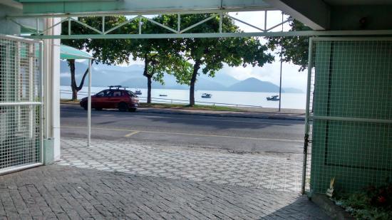 Pousada Porto Do Itaguá: frente pousada