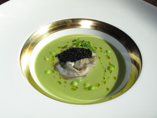 Ristorante Tilia: crema di piselli con ostrica e caviale