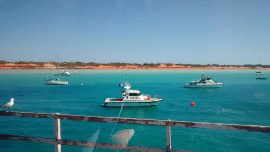 Broome Deep Water Wharf & Jetty: Vibrant turquoise waters