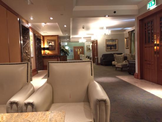 Castlecourt Hotel: comfortable