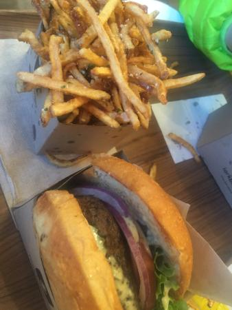 Lark Burger : Truffle Burger and Truffle Fries