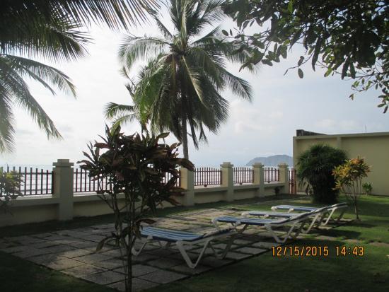 Girasol apartotel desde jaco costa rica for Apartahoteles familiares playa