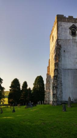 Churchyard in Orton