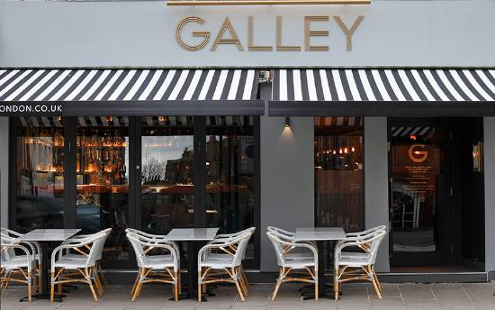 the performance of the galley restaurant 3s artspace is an alternative multidisciplinary arts organization that presents and supports artists and performers, and their work in portsmouth, new hampshire.