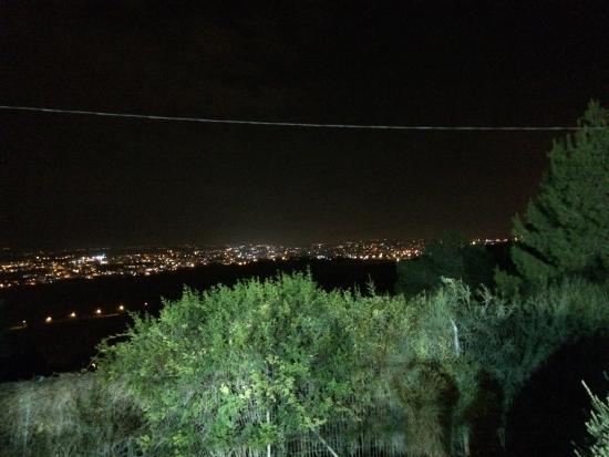 Ramat Rachel Resort: View of Bethlehem from our room!