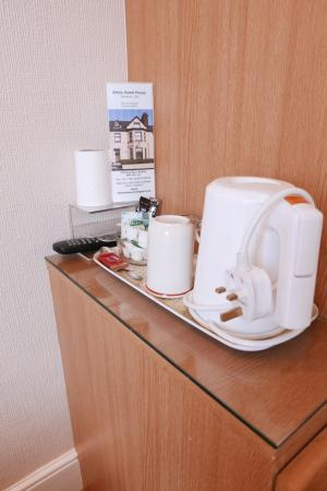 Abbey Guest House: Hospitality tea tray