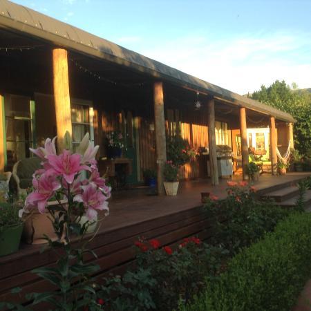 Mingary Farmstay B&B Accommodation: deck