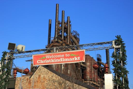 Christkindlmarkt entrance