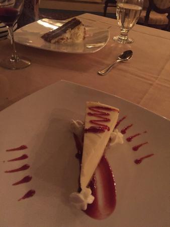 Bailey's Restaurant & Bar: photo4.jpg