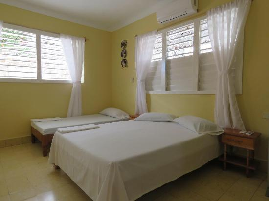 Villa la Roca se complace en presentar su nueva casa con superiores expectativas. Welcome to our