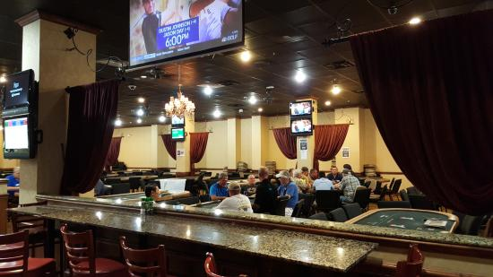 card room, indoors, smells like a latrine - Picture of