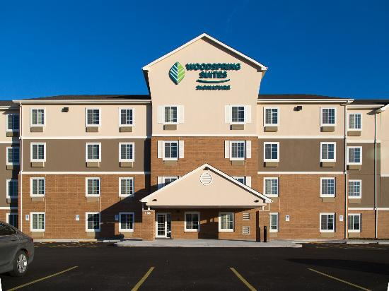 WoodSpring Suites Signature Broken Arrow