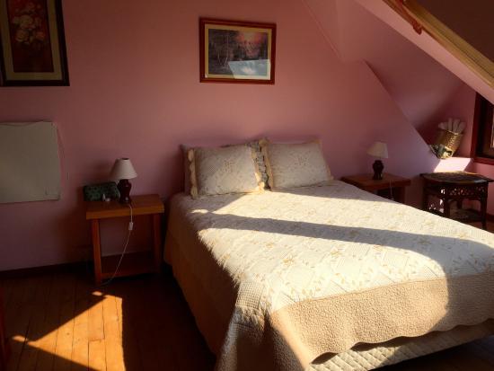 Casa Lan-Antu: La cama tiene unas sabanas muy suaves!
